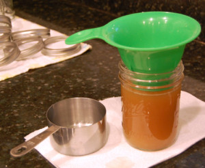 Canning jar ladle